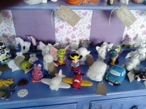 Selection of critters 'n' creatures for you to paint at Elsie's